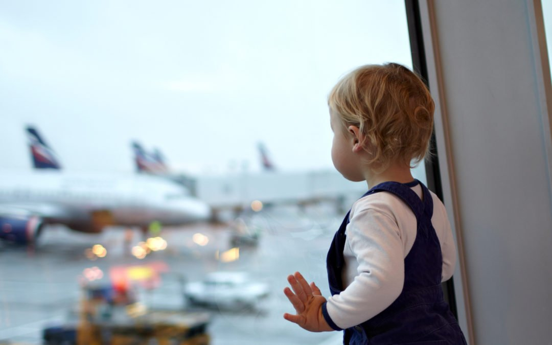 How to Prepare for a Long Flight with Kids