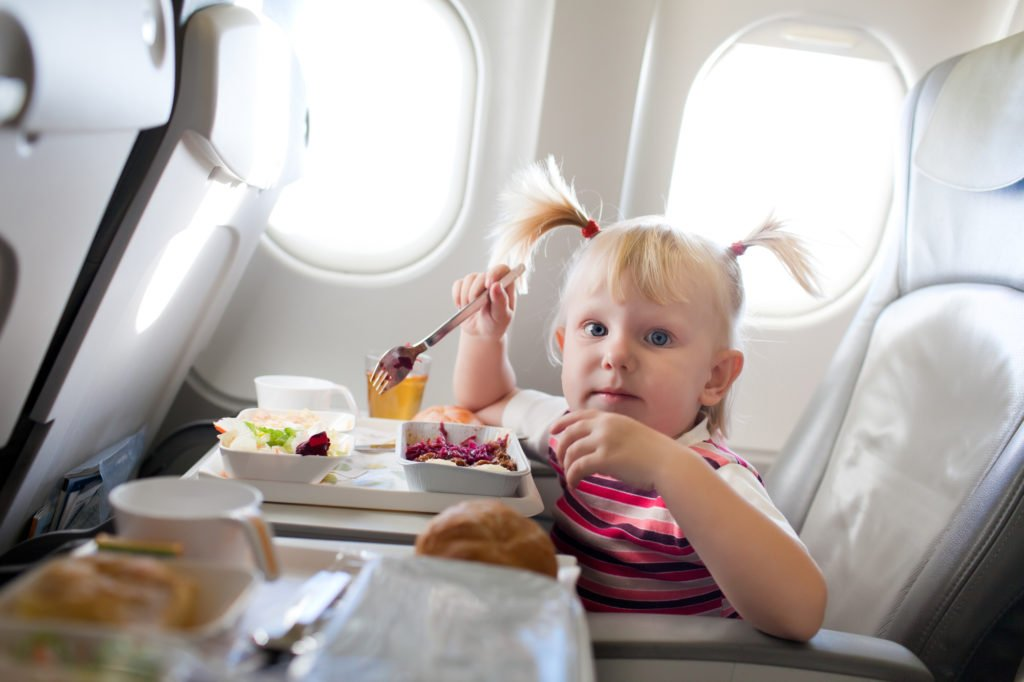 plane food flying with kids