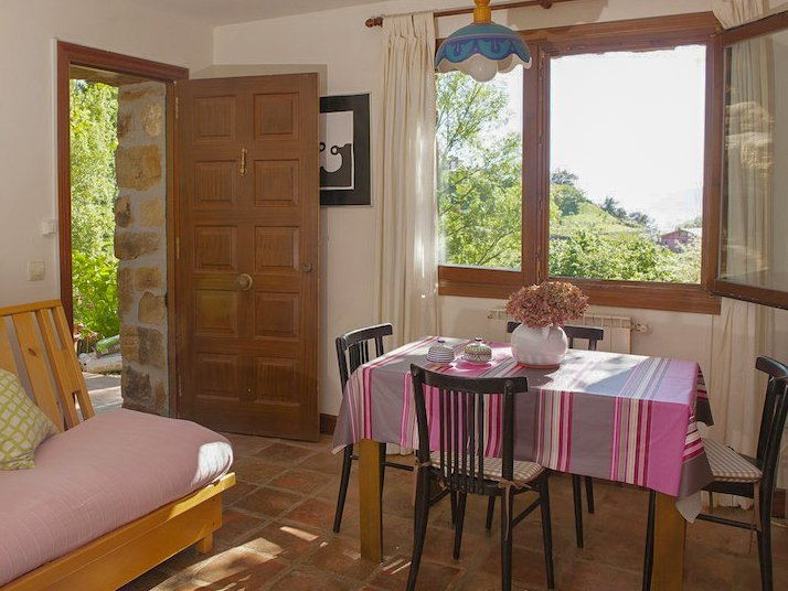 Family Airbnb zarautz Spain with kids
